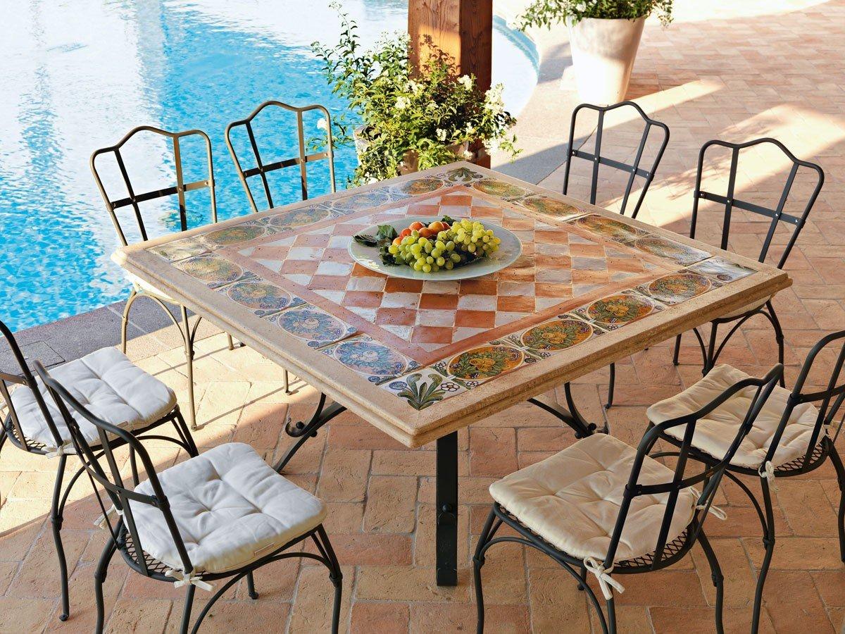 dafnedesign. com – Mesa de jardín – Mesa Thor cm cuadrado 140 x 140 de hierro con mosaico, llano de Travertino de barro y Loza decorada a mano.: Amazon.es: Hogar