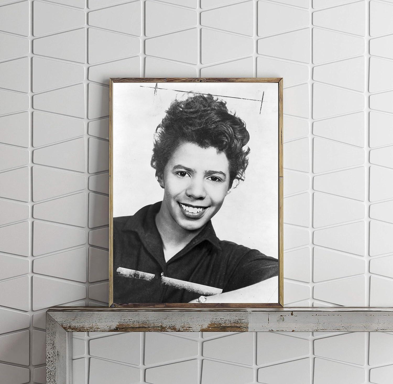 Discount is also underway INFINITE PHOTOGRAPHS Photo: 1959 Lorraine Hansberry Max 84% OFF