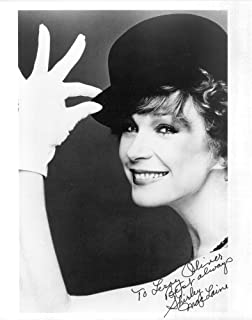 Shirley Maclaine Signed 8x10 Photo Hollywood Screen Legend Young Beckett Bas Entertainment Memorabilia