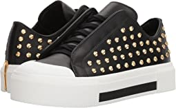 Alexander McQueen Low Cut Lace-Up Sneaker