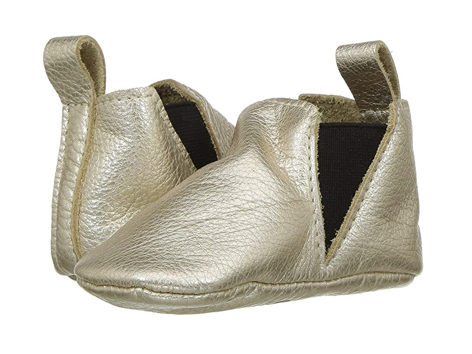 Freshly Picked Soft Sole Chelsea Boot (Infant/Toddler) (Platinum) Kids Shoes