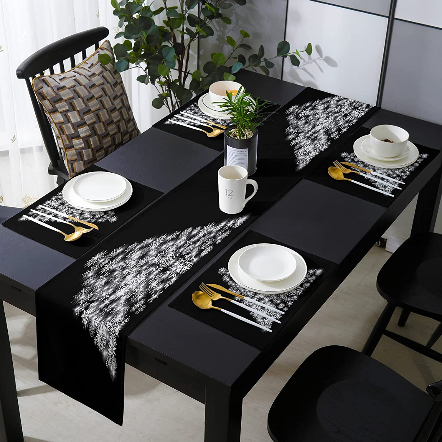 Fantasy Staring 16 x 72 Inch Wholesale Set with Runner of Placemats Rapid rise Table