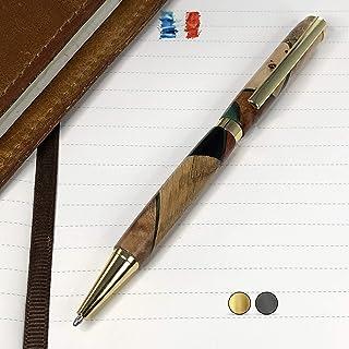 Penna in Legno e Resina, prodotta artigianalmente in Francia. Possibilità di incisione personalizzata. Confezione regalo i...