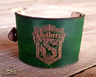 Harry Potter Slytherin Wristband. Wears the colour of your Hogwarts House with Pride, made of high quality leather.