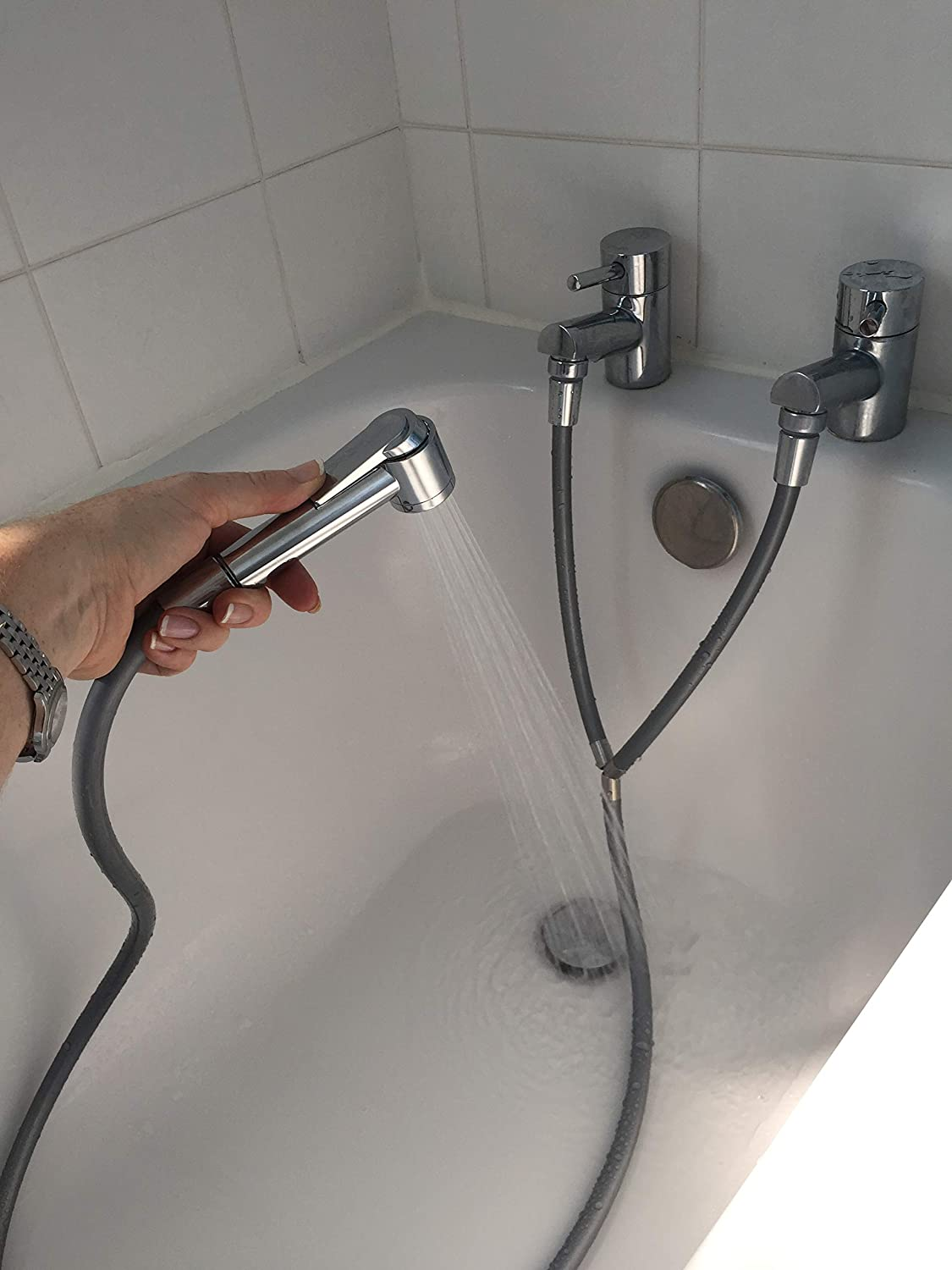Turn your separate hot and cold taps (bath or basin) into an instant shower with this Y shape shower hose, x2 quick fit tap aerators and hose connectors, fits 28mm Male, 24mm Male and 22mm Female taps, and x1 on off thumb lever shower head - much cheaper