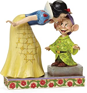 Department 56 Disney Traditions by Jim Shore Snow White Kissing Dopey Figurine, 6