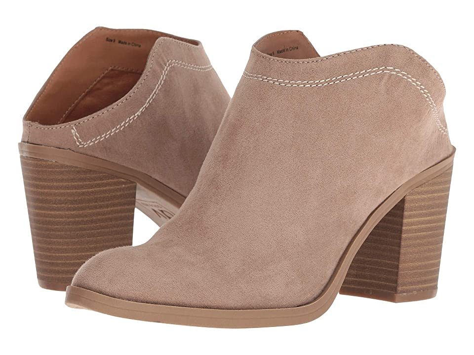 DV by Dolce Vita Judges (Almond Stella Suede) Women