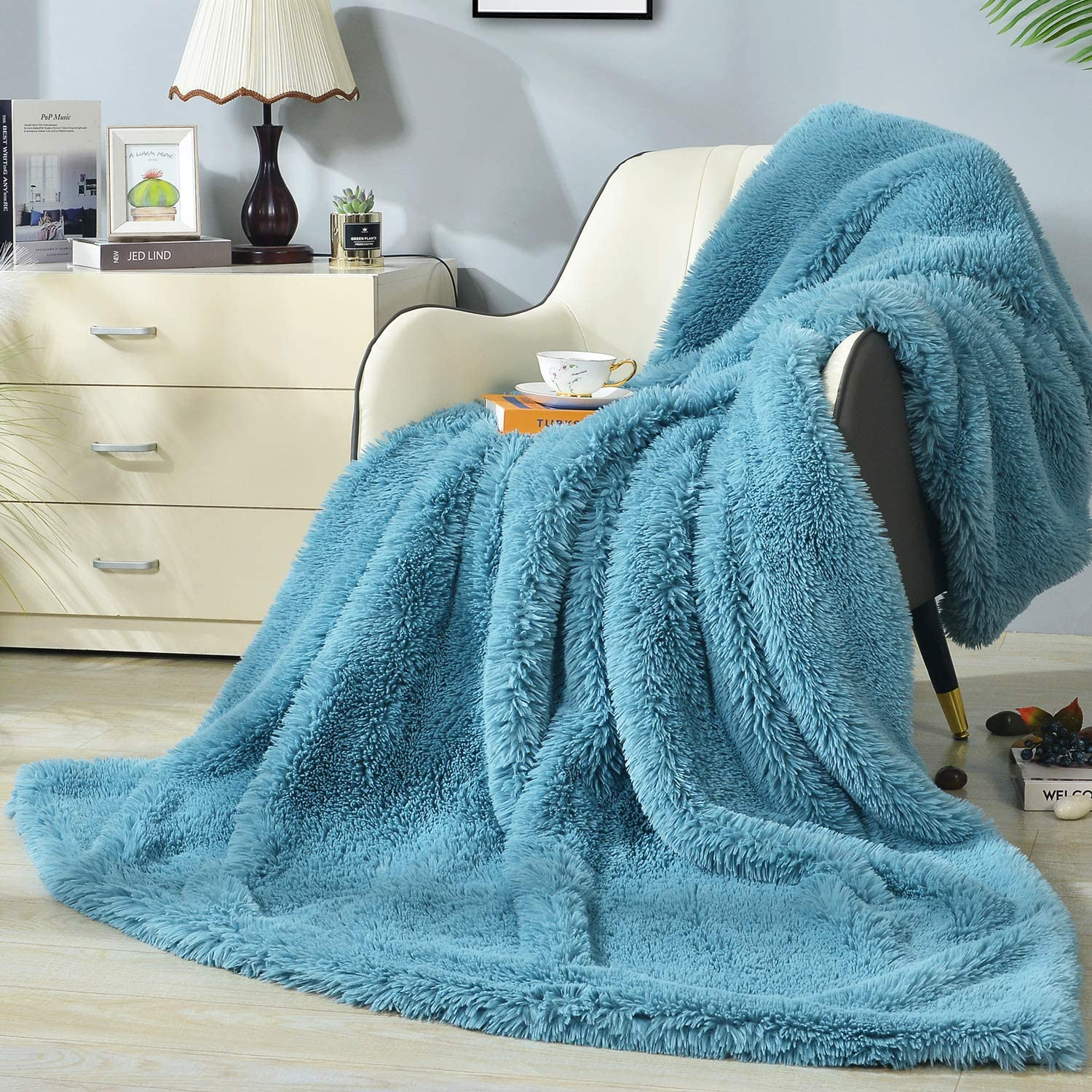 DECOSY Ultra Soft Faux Fur Reversible Throw Super sale Ranking TOP20 Solid Color Blanket