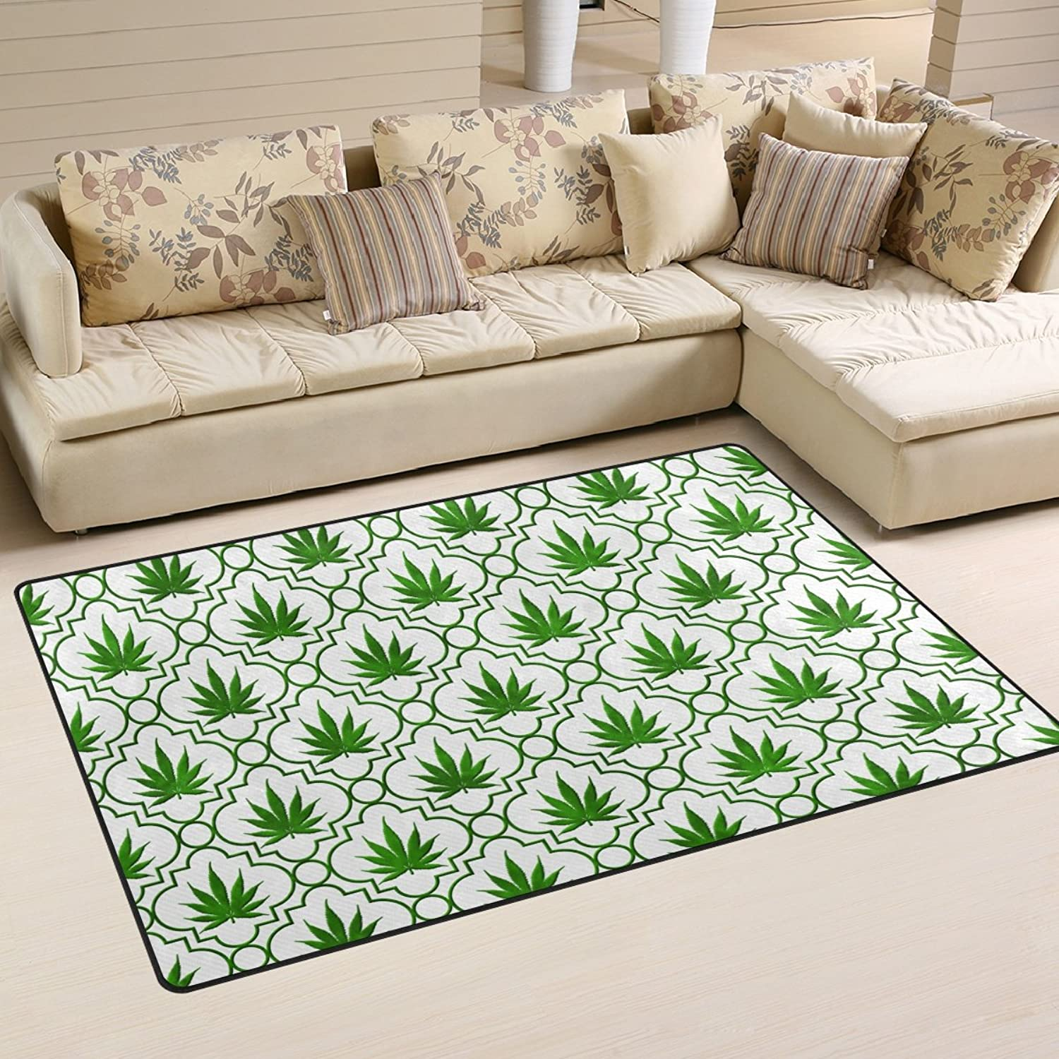 WellLee Area Rug 5'x3',Green Marijuana Leaf Quarterfoil Pattern Floor Rug Non-Slip Doormat for Living Dining Dorm Room Bedroom Decor