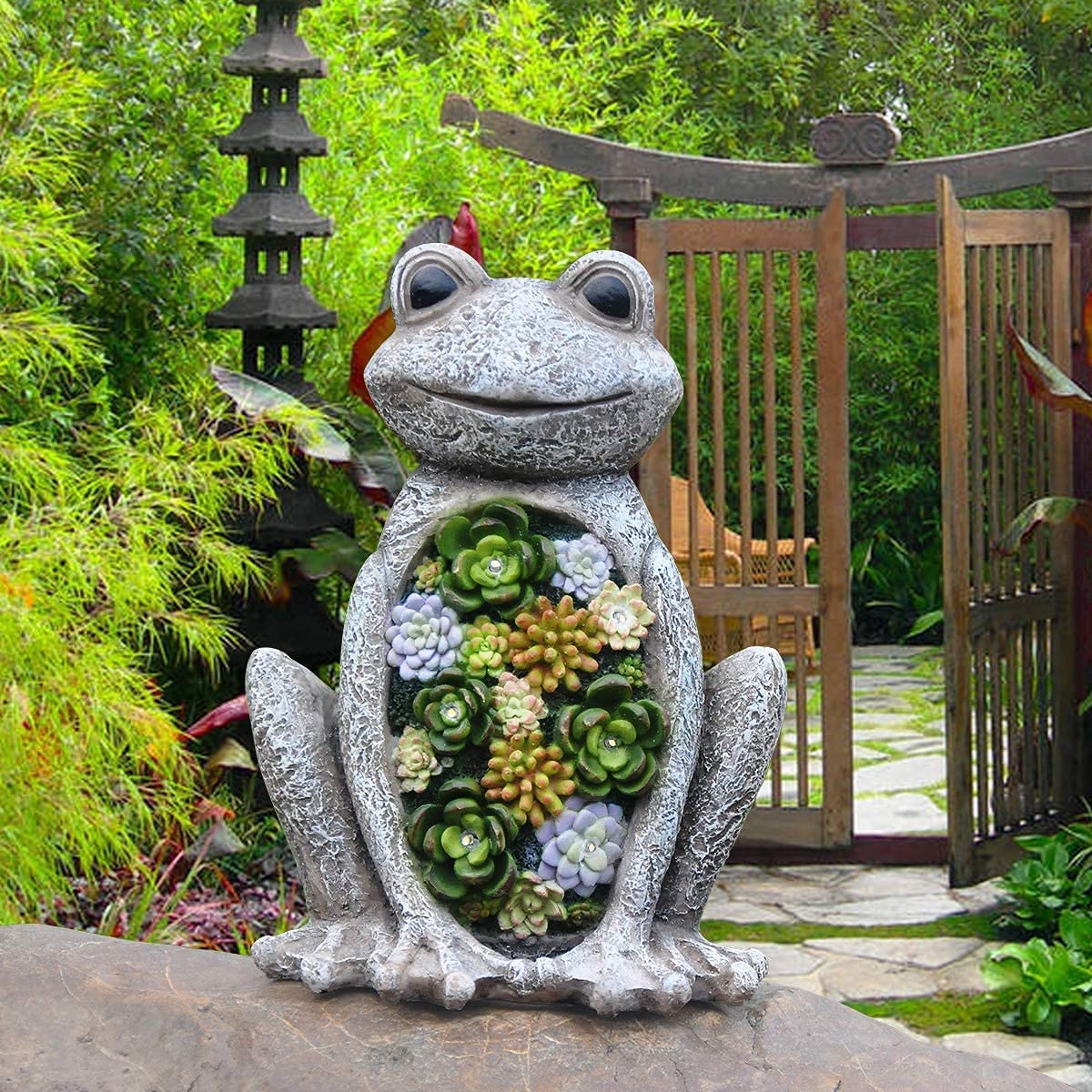Garden Statue Frog Figurine - Waterproof Outdoor Statue with Solar Powered LED Lights for Halloween, Patio Yard Decorations,Lawn Decorations,Garden Gift,9.5 x 7.2 Inch