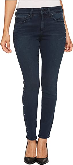 NYDJ Petite Petite Ami Skinny Jeans in Future Fit Denim in Mason