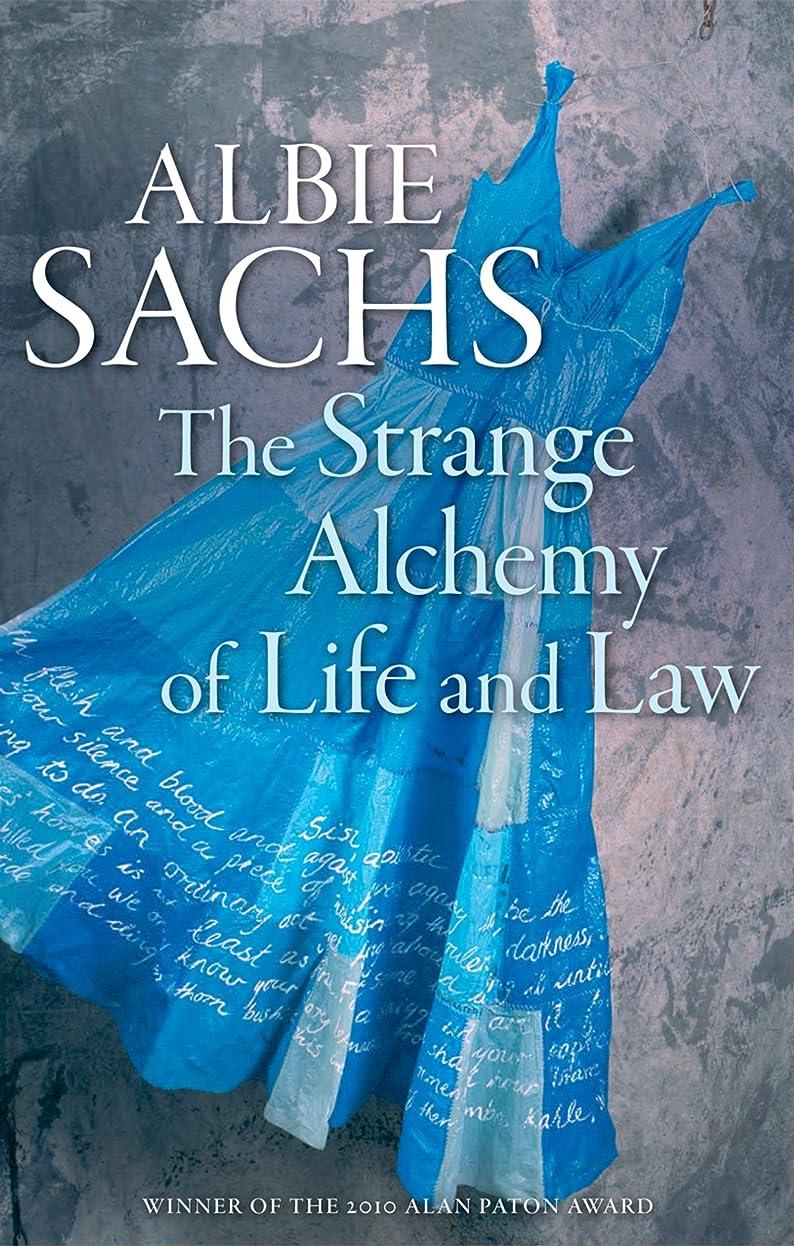 モットー給料選ぶThe Strange Alchemy of Life and Law (English Edition)