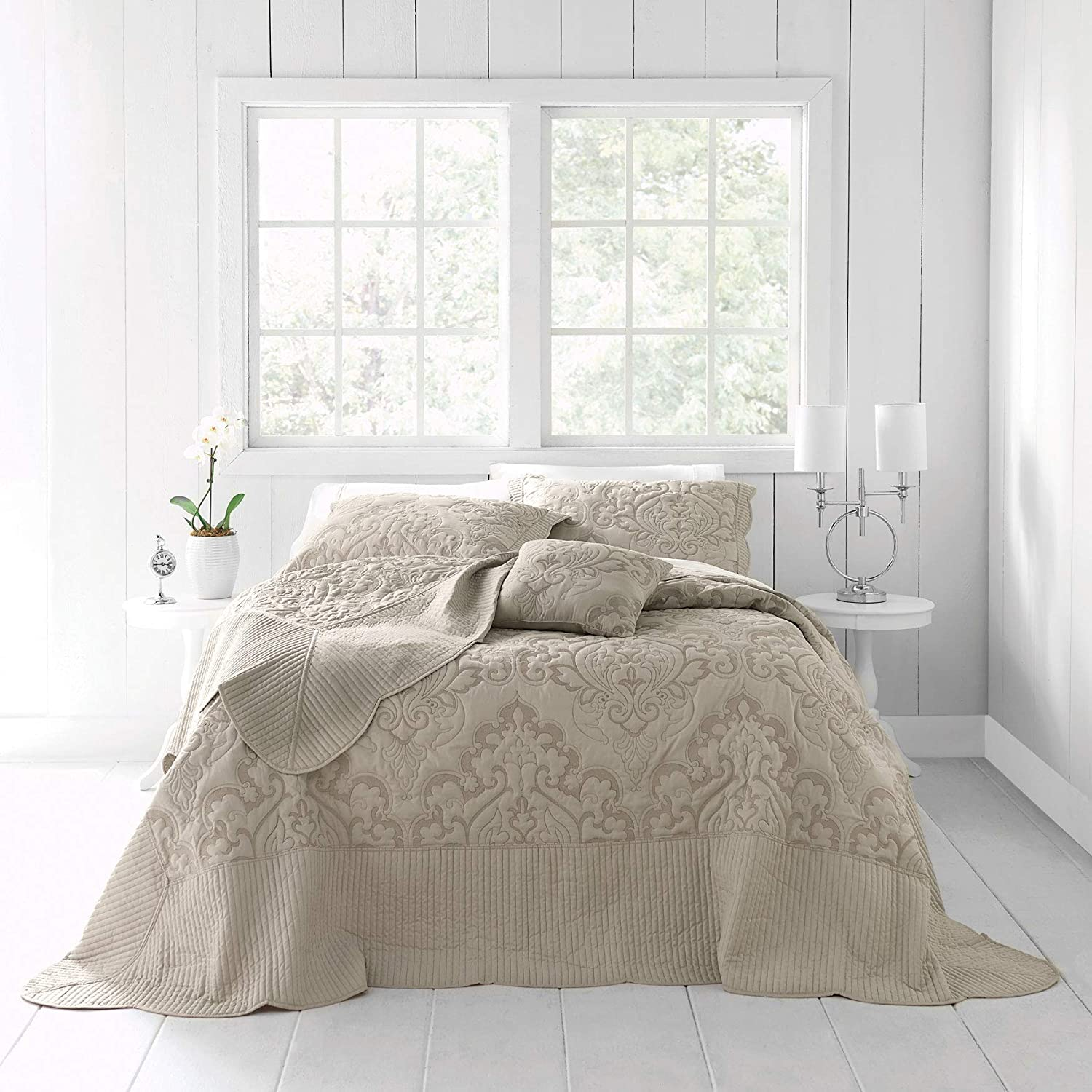 BrylaneHome Amelia Bedspread - Queen, Taupe
