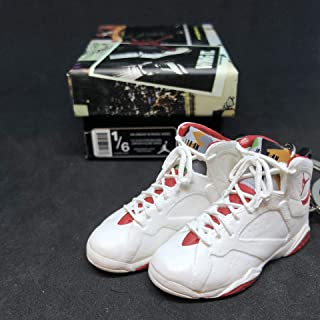 Pair Air Jordan VII 7 Retro Hare Bugs Bunny OG Sneakers Shoes 3D Keychain 1:6 Figure + Shoe Box