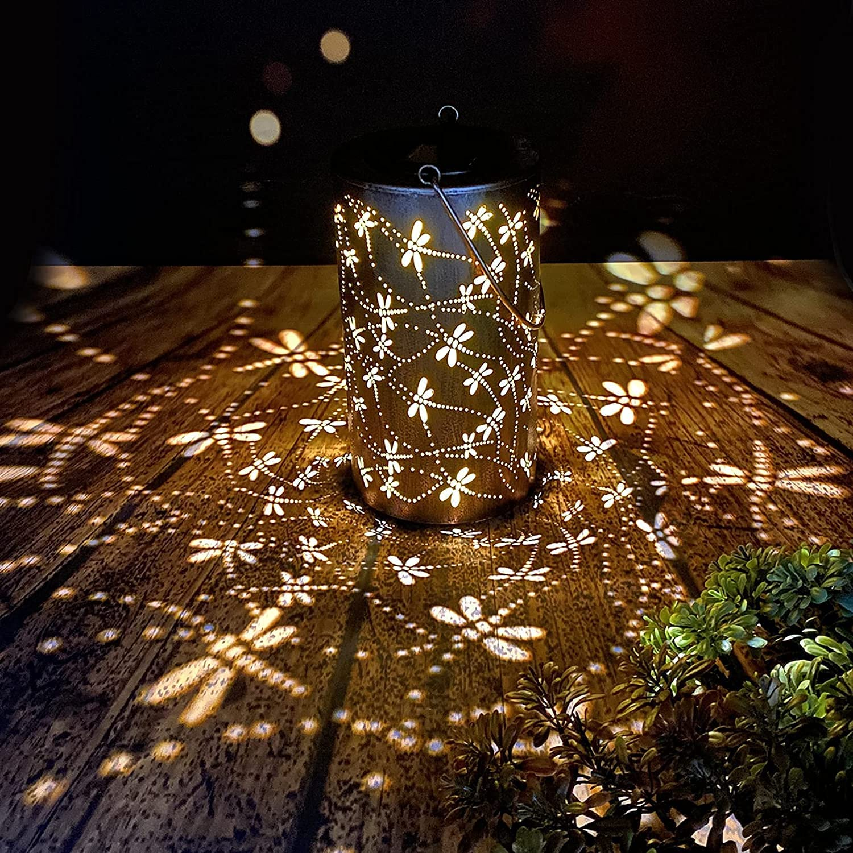Solar Lanterns Outdoor Hanging Lantern Lights, Dragonfly Hollowed-Out Metal Decor Lantern, Waterproof LED Decorative Garden Light - Delicate Garden Decoration for Patio, Yard, Pathway, Landscape