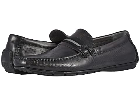 STEVE MADDEN Garvet Textured Driving Loafer in Black