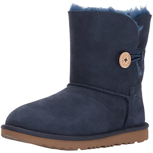 eb49145a387 Youth UGG Boots: Amazon.com