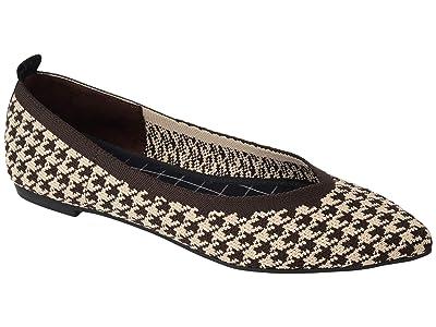 Journee Collection Comfort Foam Karise Flat