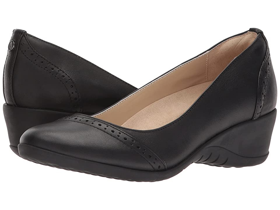 Hush Puppies Odell Slip-On (Black Leather) Women's Wedge Shoes
