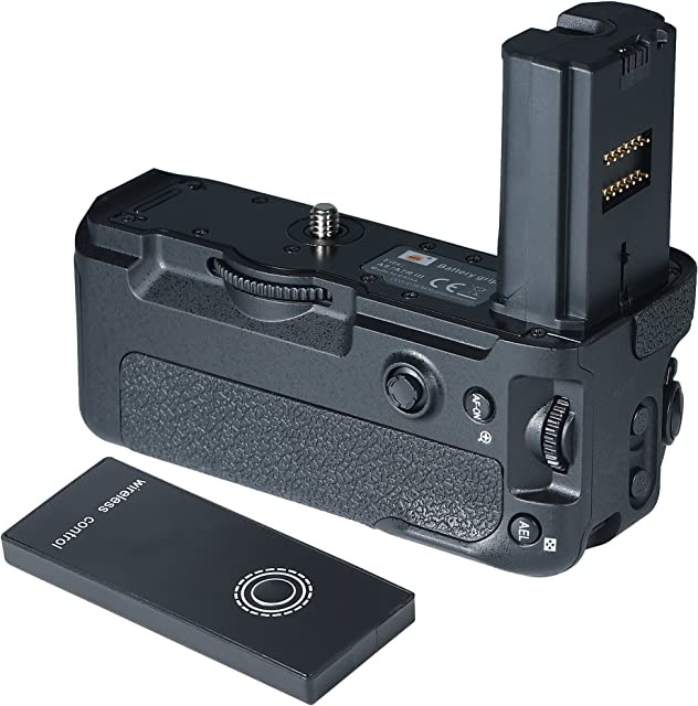 DSTE The New α9 Shutter Battery Grip for Sony α9 α7R III α7 III Cameras as VG-C3EM with Remote Control