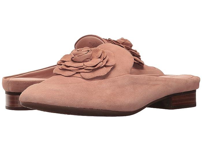Taryn Rose  Blythe (Soft Beige Silky Suede) Womens Shoes