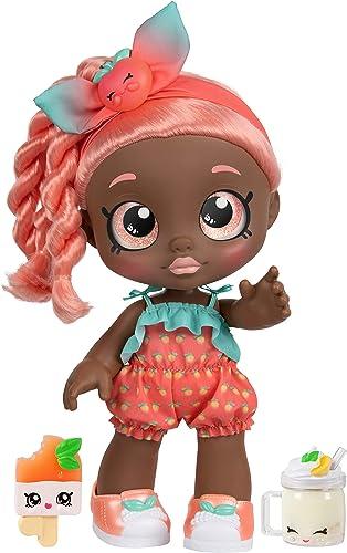 Kindi Kids- Poupée Summer Peaches 25cm pour Enfants de 3 à 5Ans, avec 2Accessoires Shopkin, 50046
