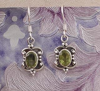Pendientes colgantes, pendientes de peridoto ovalados, pendientes colgantes, pendientes de plata de ley para Navidad Sterling Silver Drop Earrings
