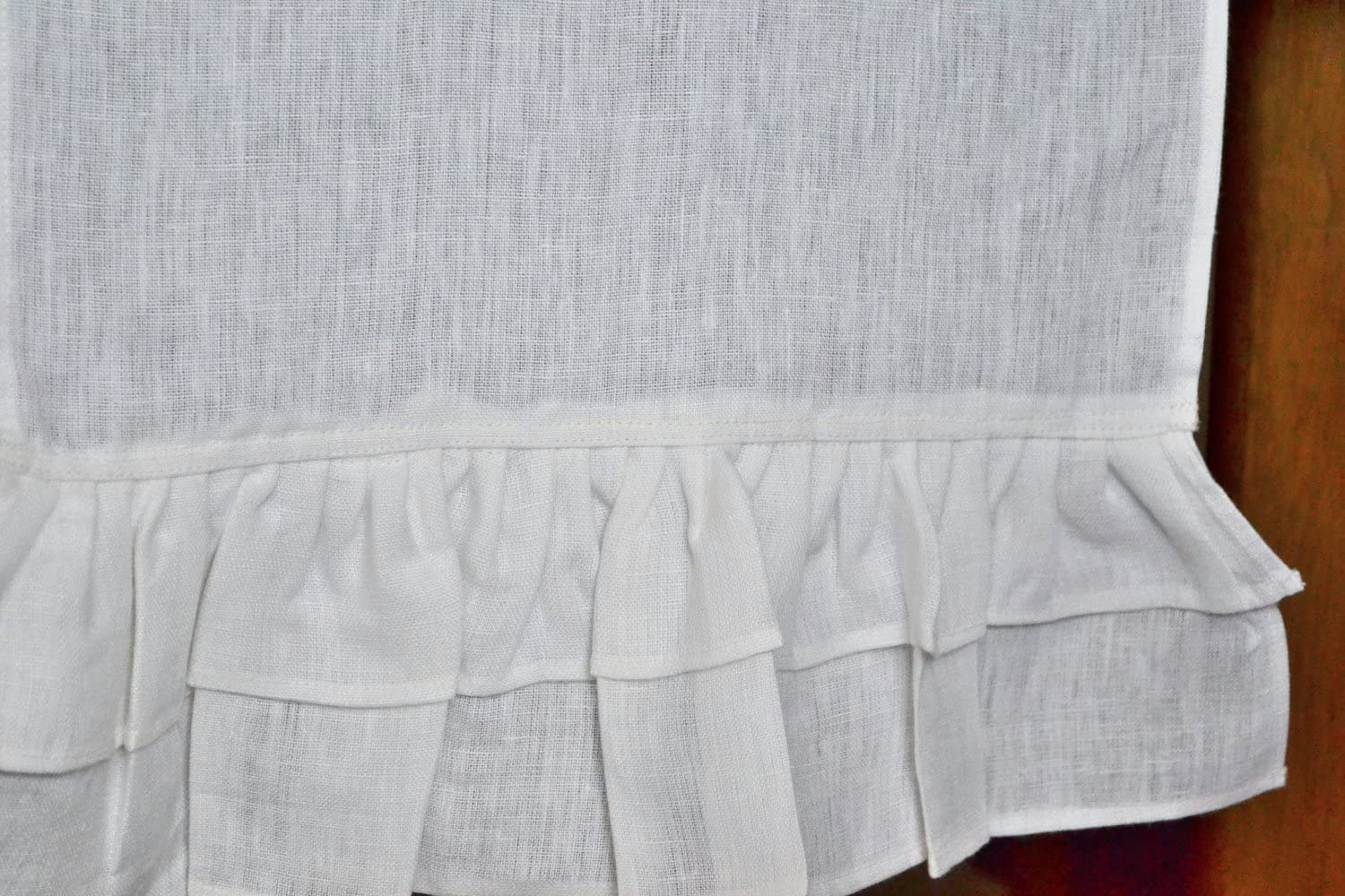 Amore Beaute Handmade White Max 62% OFF Linen Table on T with Ruffles We OFFer at cheap prices Runner