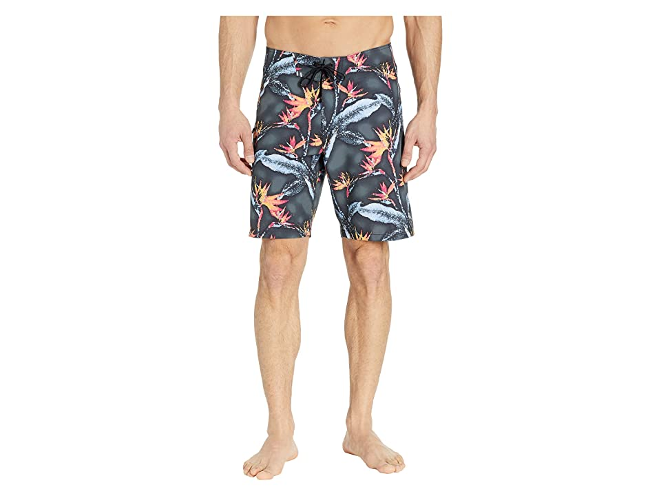 Tommy Bahama North Shore Pixel in Paradise Tech Boardshorts (Black) Men