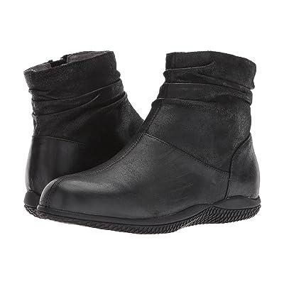 SoftWalk Hanover (Black Weathered Leather) Women