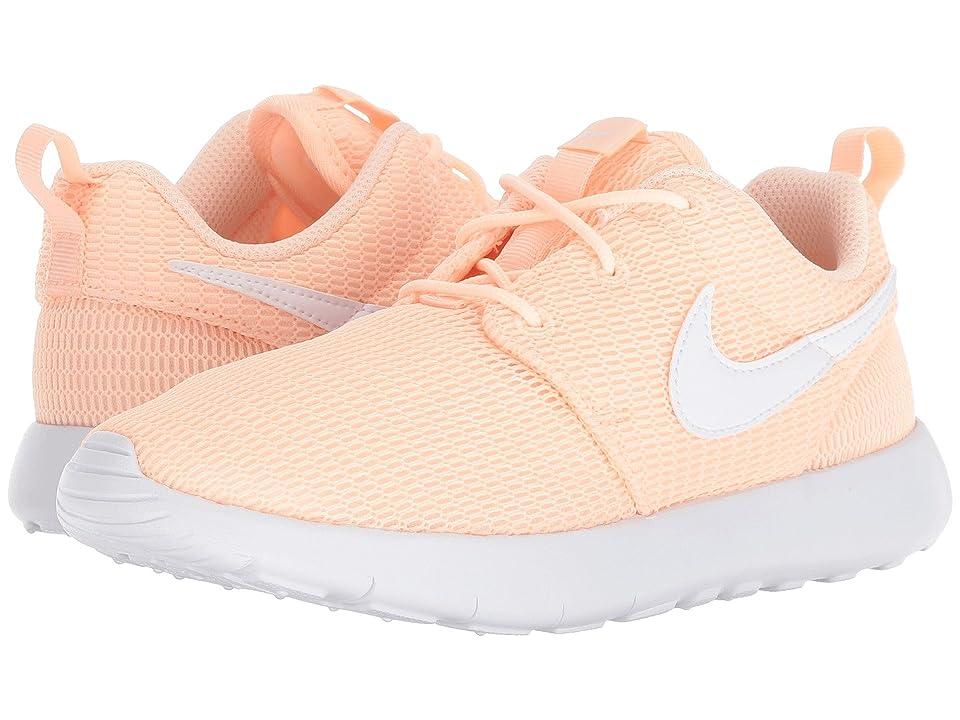 Nike Kids Roshe Run (Little Kid) (Crimson Tint/White) Girls Shoes