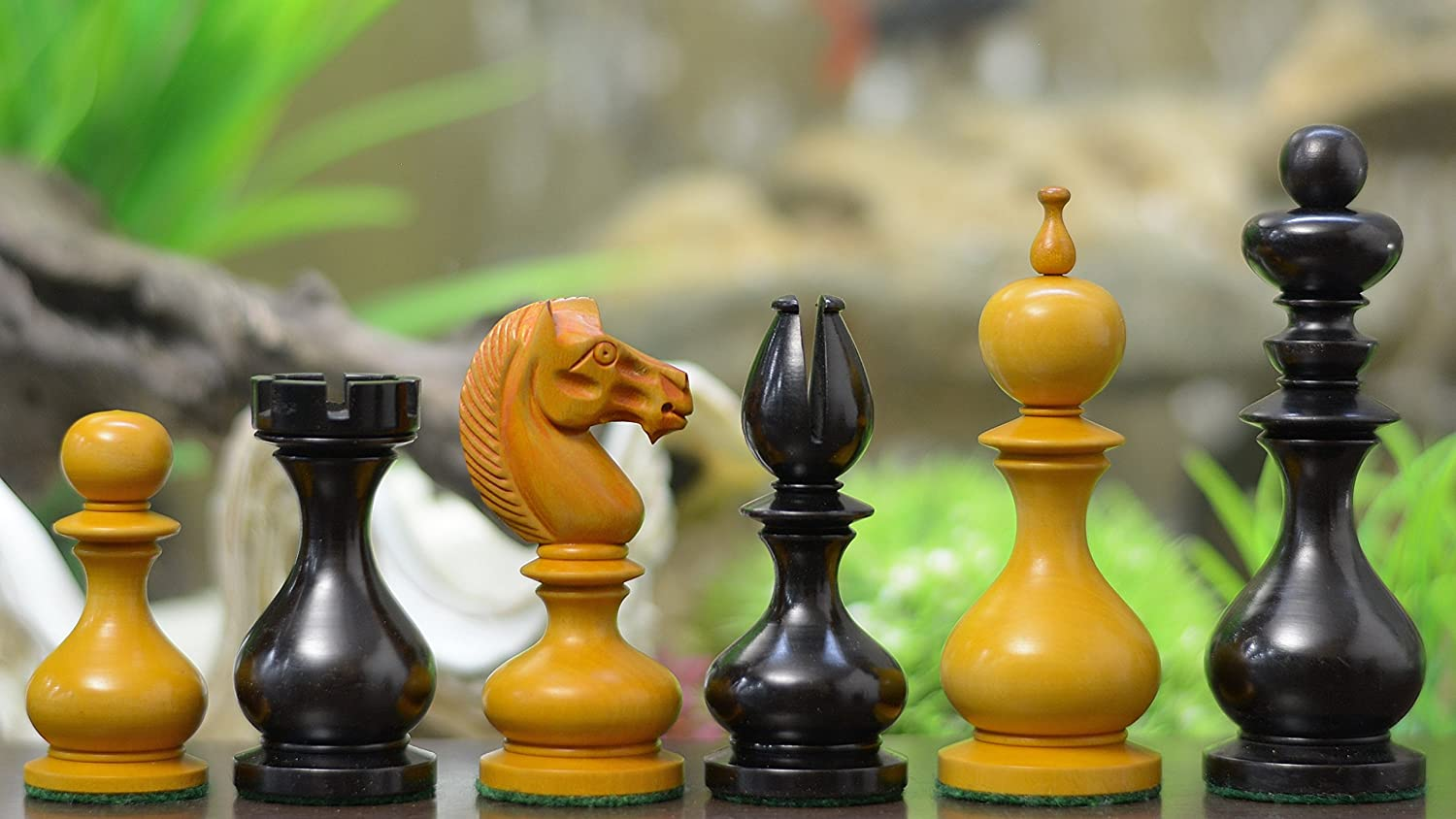 Chessbazaar Reproduced Antique Series Stained Calgreen Chess Pieces In Dyed Box Wood