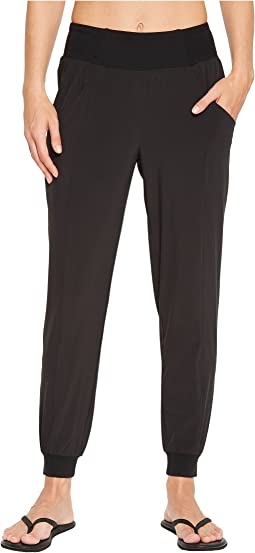 The North Face - Arise and Align Mid-Rise Pants