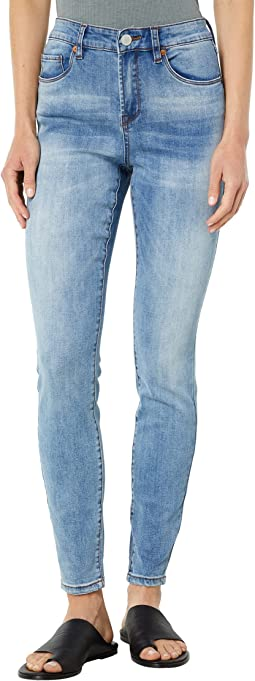 Sustainable The Bond Mid-Rise Skinny in Love To See It