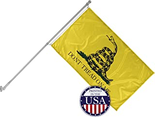 Vispronet 3ft x 5ft Don't Tread on Me Flag with 6ft Wall Mounted Flagpole - Flame-Retardant, Knitted Polyester - Single-Sided Print with 100% Visibility on Both Sides - Printed in The USA
