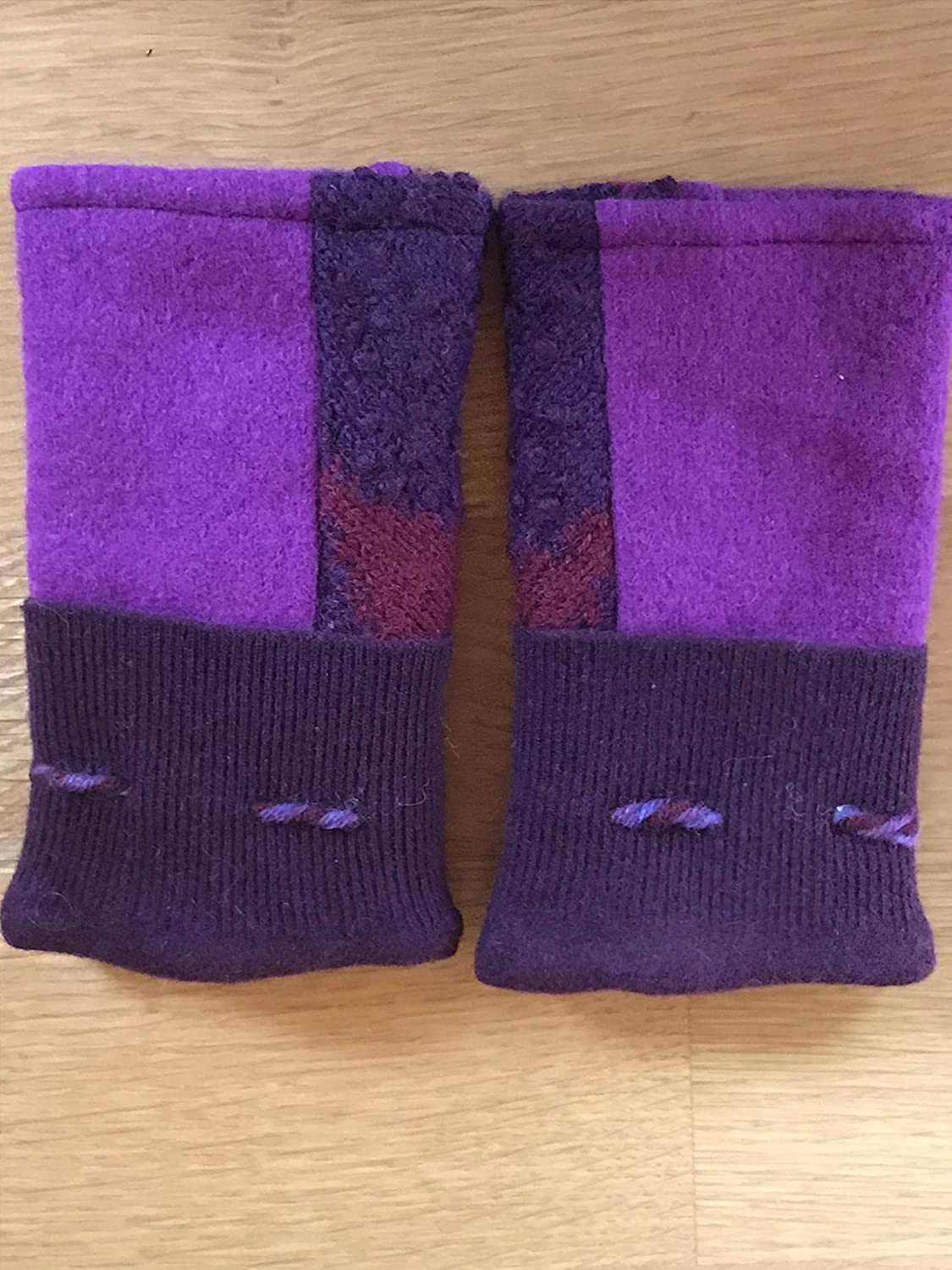Texting Mittens Indefinitely Max 53% OFF