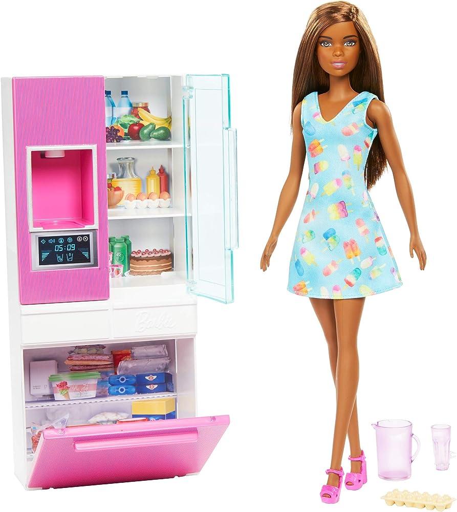 Barbie, bambola bruna, playset arredamento con frigorifero, distributore d`acqua e accessori GHL85
