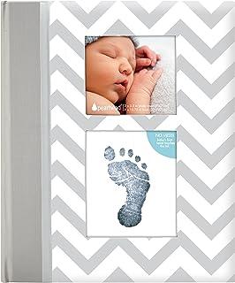 Pearhead - Libro de recuerdo de bebé, con patrón cheurón y textos en inglés gris gris