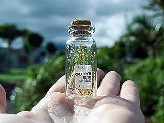 Cree en ti mismo. Sé tu mismo. Be you. Mensaje en una botella. Miniaturas. Regalo personalizado. Divertida postal motivación.