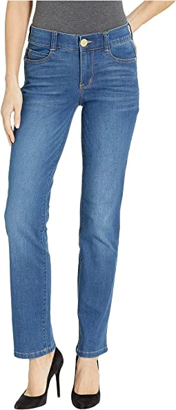 Body Sculpt Straight Jeans in Light Blue