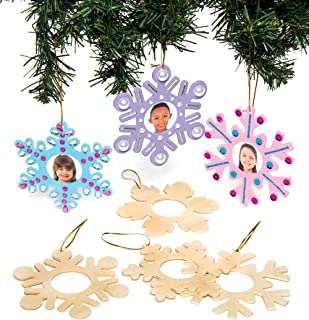 Baker Ross AC278 Wooden Snowflake Personalised Decorations, Homemade Christmas Crafts for Kids (Pack of 8)