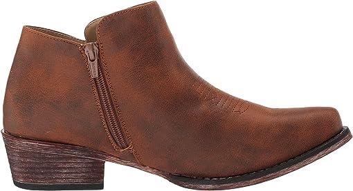 Snip Toe/Cognac Faux Leather