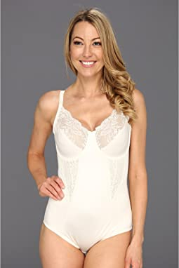 Maidenform bodybriefer with lace