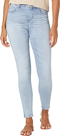 Valentina Faux Fly Pull-On Skinny Jeans