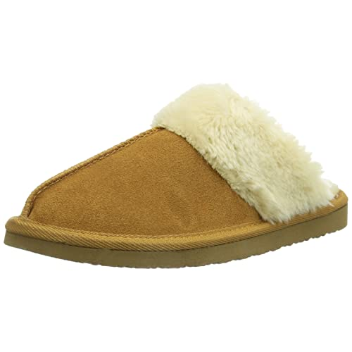 a6d2c48eb6e87 Minnetonka Women s Chesney Scuff Slipper Brown
