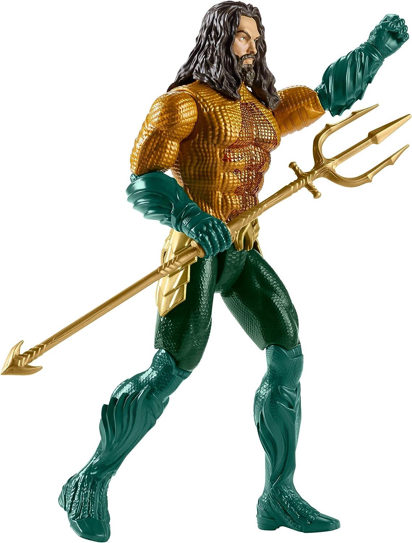 Mattel DC FXF67 - Aquaman Deluxe Figur, mit Licht und Geruschen, 30cm
