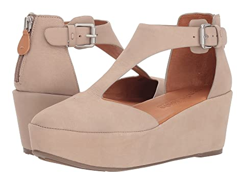 GENTLE SOULS BY KENNETH COLE Nydia, Mushroom
