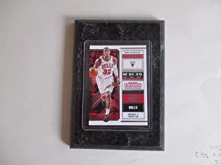 KRIS DUNN CHICAGO BULLS PANINI CONTENDERS NBA 2018 (WHITE JERSEY) PLAYER CARD MOUNTED ON A 4