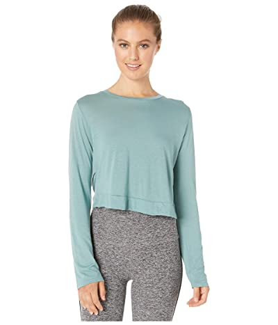 Beyond Yoga Back Out Reversible Cropped Pullover (True Teal) Women