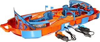Hot Wheels Deluxe Track Pack – Slot Track Carrying Case – Includes Two 1:64 Cars with 9.1 Feet of Track